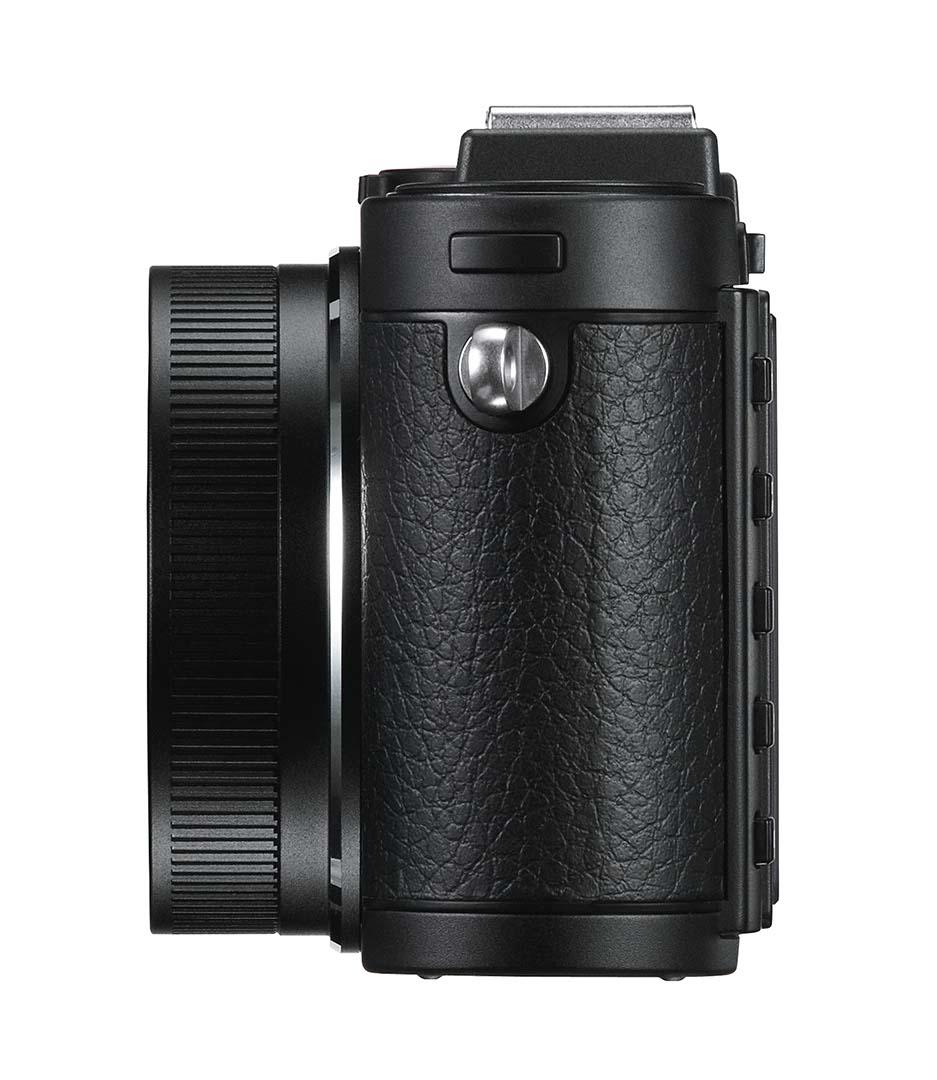 Leica X2 Black left_2