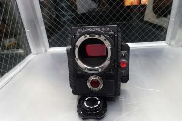 Weapon's 40mm x 20mm (40.96mm x 21.6mm) 8K sensor