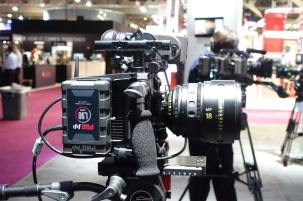 ARRI Alexa Mini with PAG battery mounted on side