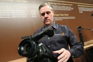 PL Mount: Xenon lens shown here