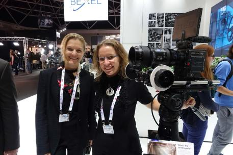 ZEISS CP.2 and CZ.2 cover Full Frame. ZEISS's Simone Zaha and Anna Rausch