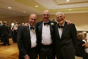 Larry Mole Parker, Bill Bennett, Ron Dexter