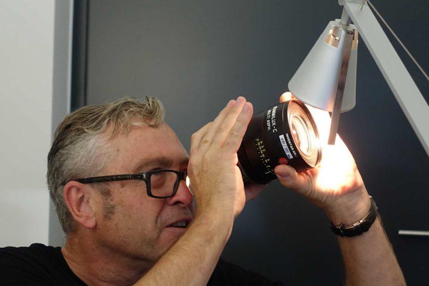 dsc06003-uli-inspecting-lenses