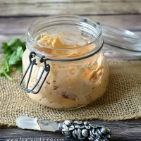 Quick and Easy Roasted Red Pepper Cream Cheese Spread