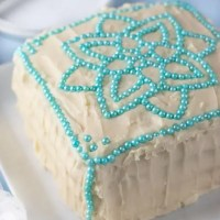 Gluten Free Vanilla Cake with Cream Cheese Frosting