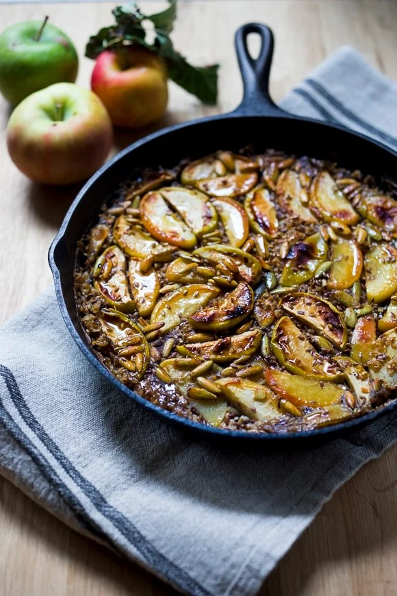 Skillet Baked Oats w/ Maple Glazed Apples