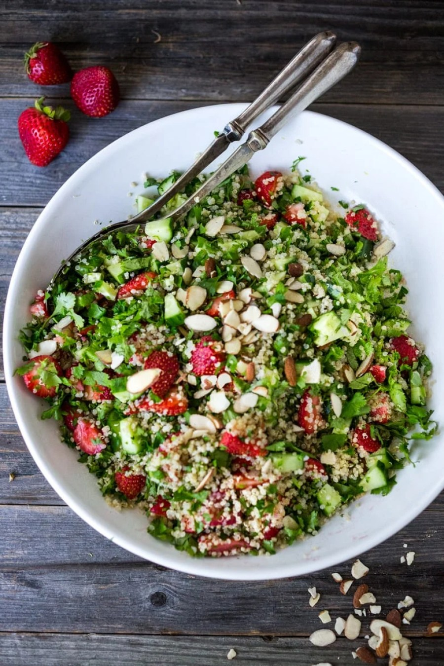 Strawberry Tabouli - plus 15 Farmers Market Recipes ( or CSA recipes) to make this summer! | www.feastingathome.com