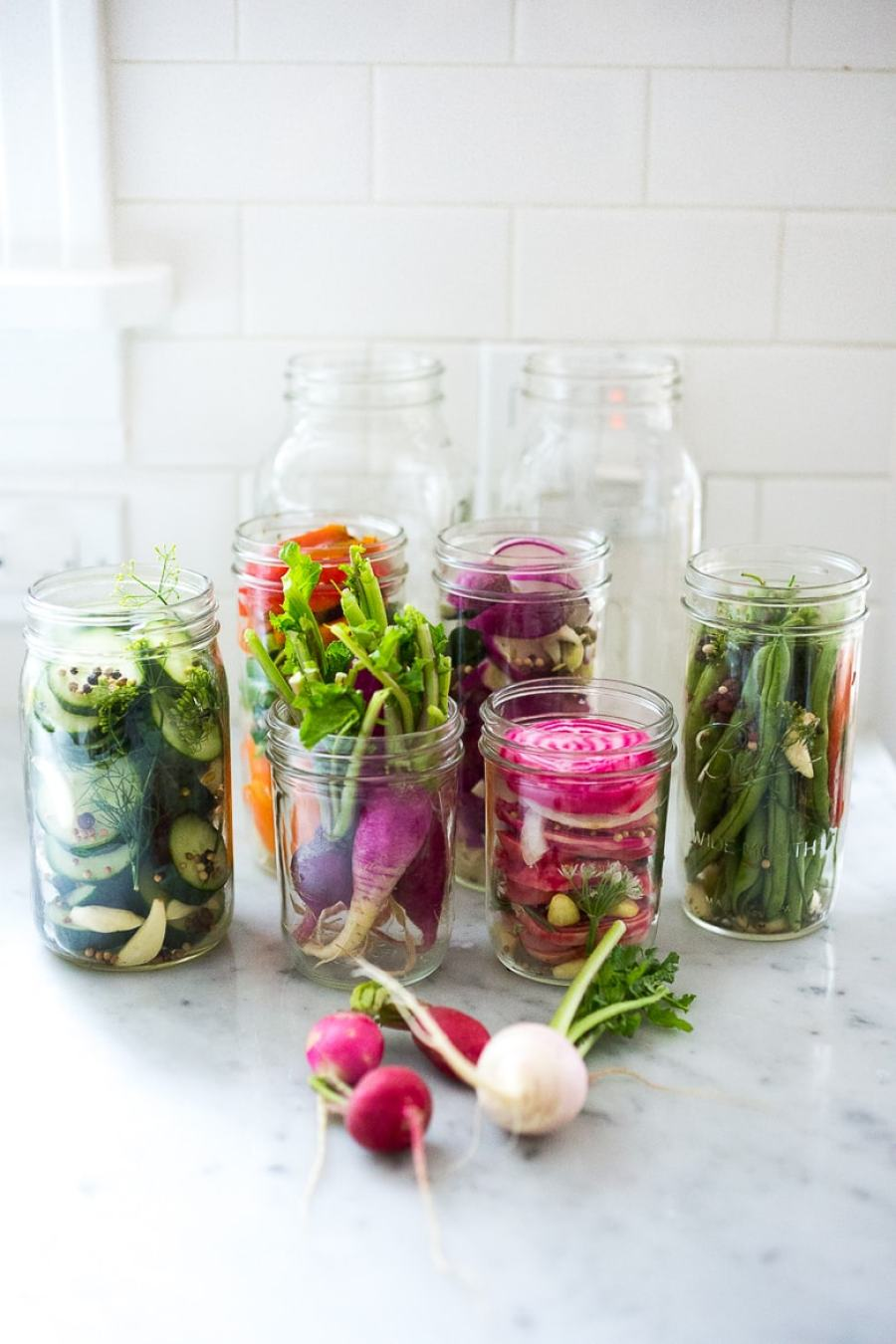 """Quick Refrigerator Pickles- plus 15 """"must-make"""" farmers market recipes for summer"""