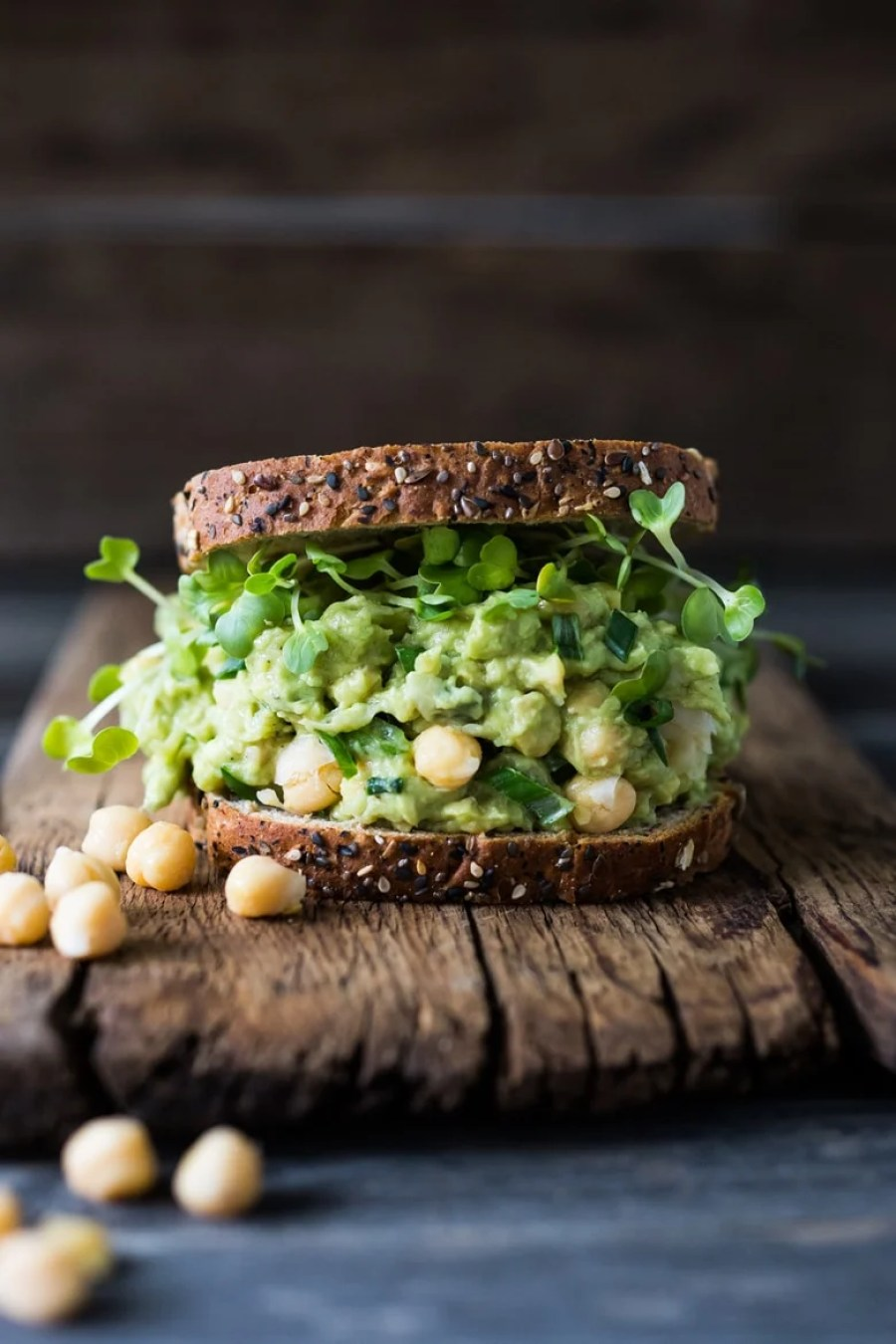 This Smashed Chickpea Avocado Sandwich is the BEST! Healthy ( vegan) and satisfying, it is sooooo YUMMY and can be made in 5-10 minutes! So EASY!