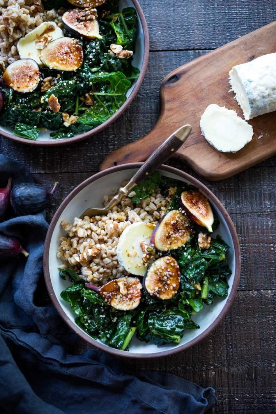 Farro Bowl with Figs, Kale and Goat Cheese - a simple healthy meal, perfect for mid week lunches. Quick and Easy!   www.feastingathome.com