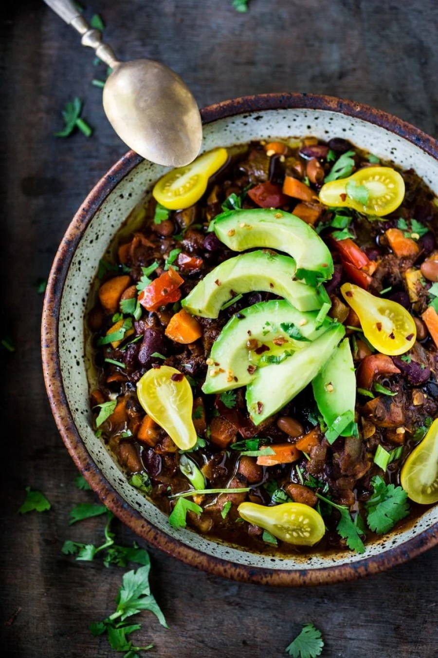 Make life simple quick vegan chili feasting at home clean out your fridge quick vegan chili loaded up with healthy veggies and beans forumfinder Gallery