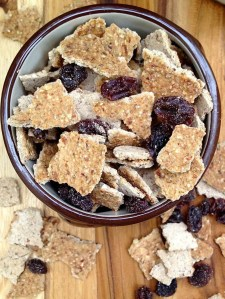 Flakes and Raisins Cereal