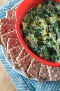 Low Fat Vegan Spinach Artichoke Dip