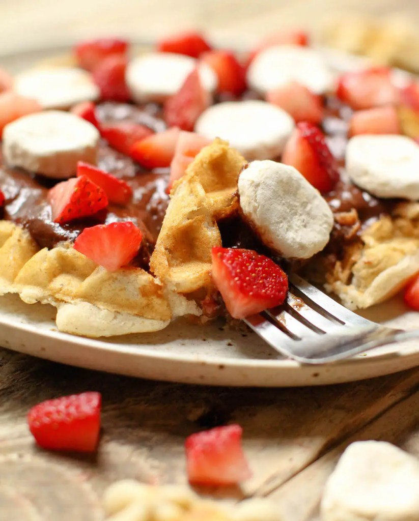 Chocolate Waffle Fruit Pizza - FeastingonFruit.com