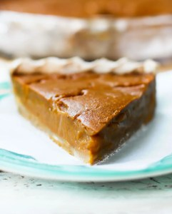 Fruit-Sweetened Pumpkin Pie