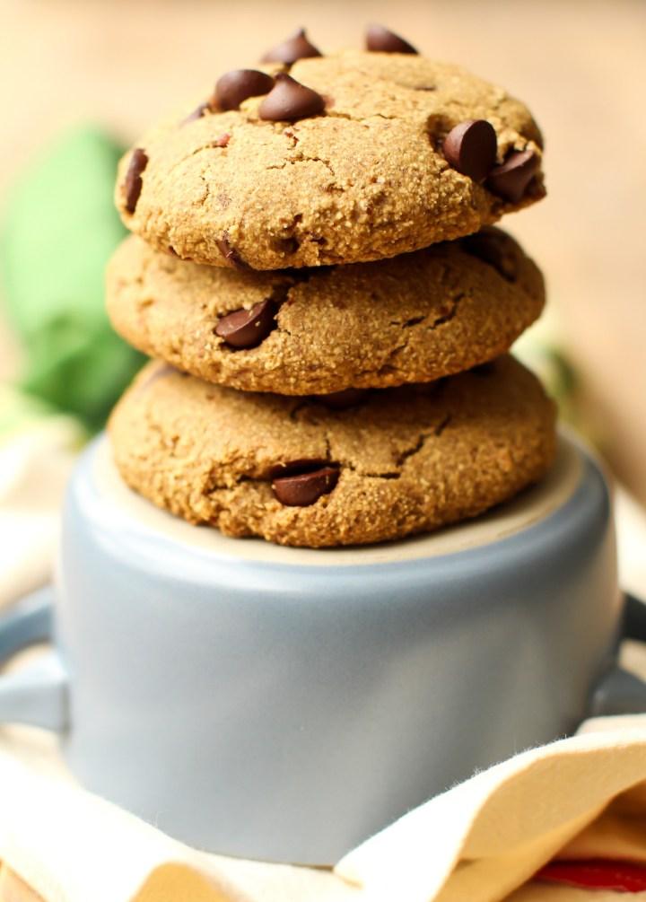 Easy Oat Flour Chocolate Chip Cookies | Vegan, Gluten-Free, Oil-Free