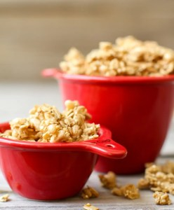 Easy Oil-Free Granola (with lots of crunchy clusters!)