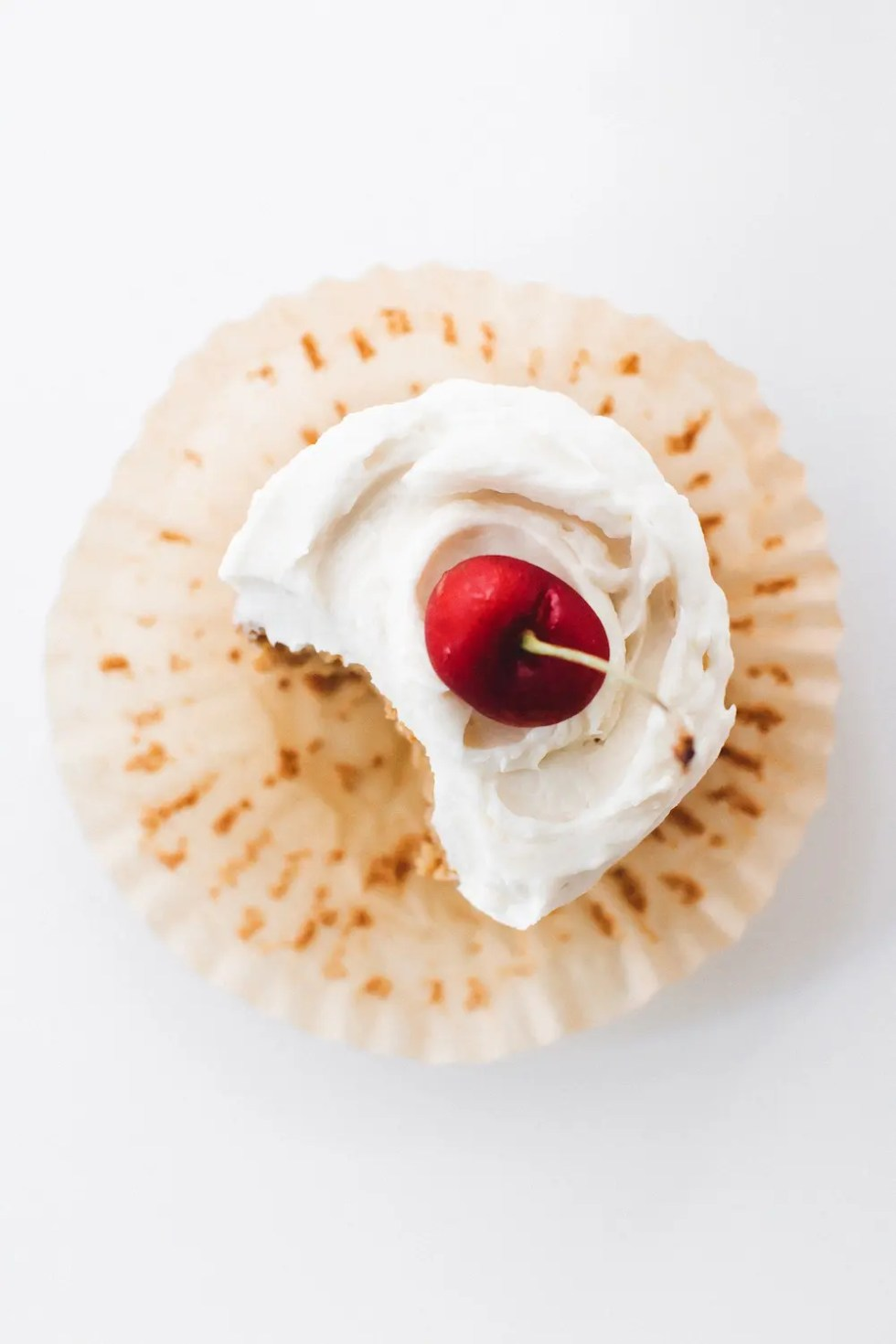 Vegan Vanilla Cupcakes (Gluten-Free and Oil-Free)