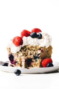 Vegan Berry Yogurt Cake