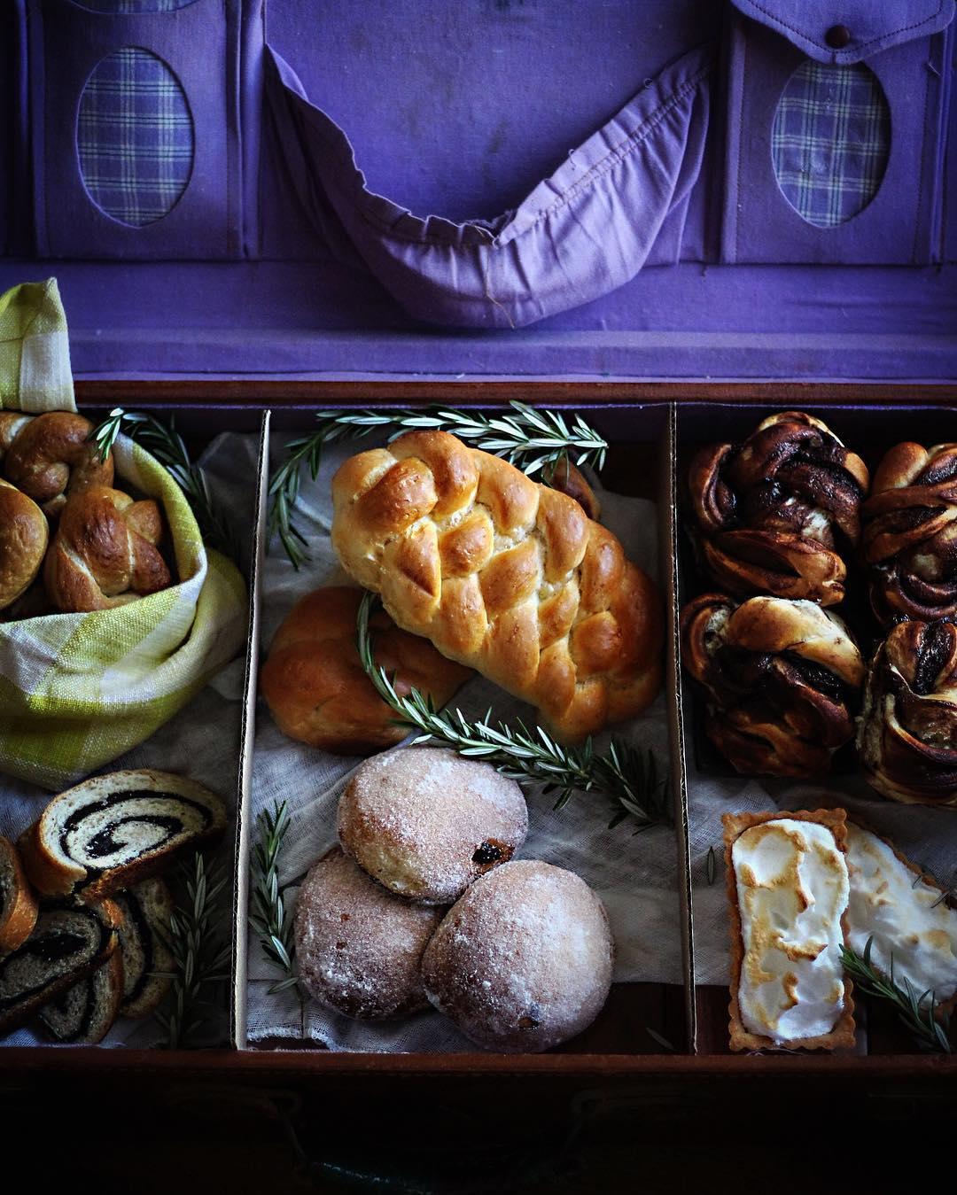 Jacob Kowalskis suitcase of baked goods inspired by the moviehellip