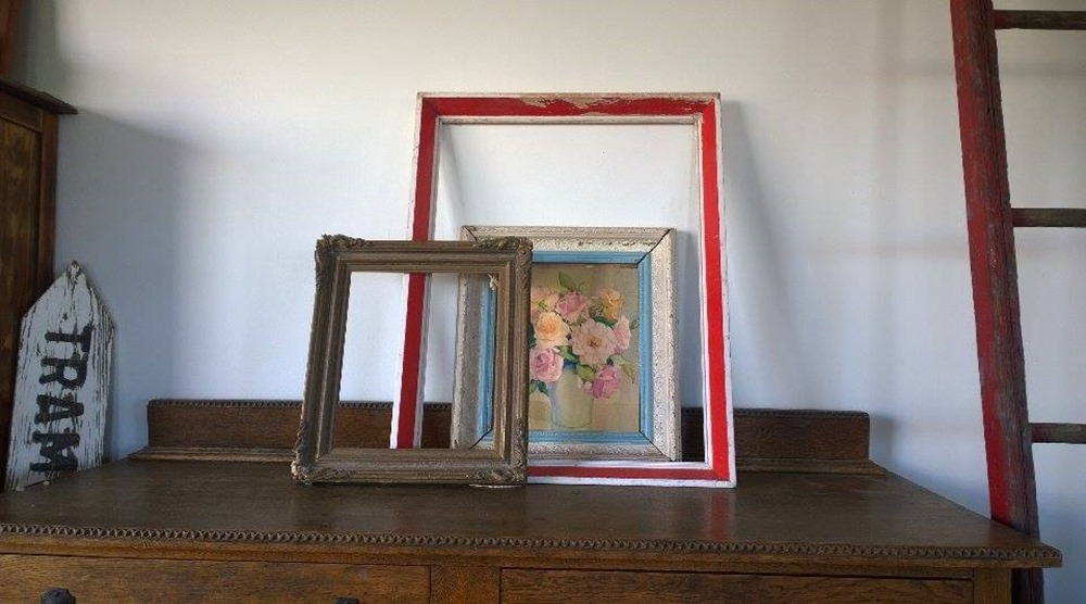 the monday reloved treasure nest: frames