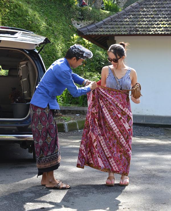 Nyoman sarong