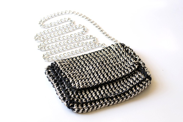 Sondra Roberts Chain Bag1