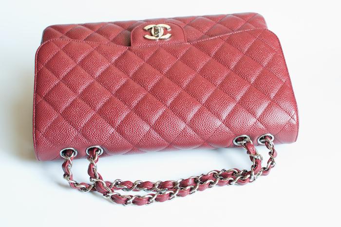 Chanel jumbo chains