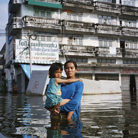 flood victims Gideon-Mendel photography