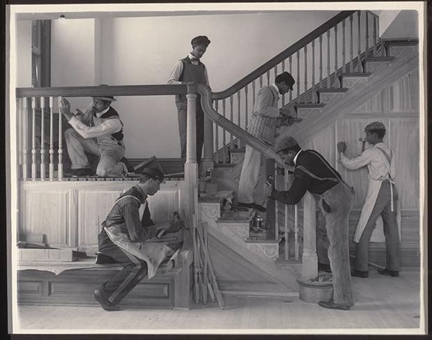 13.-Johnston_Stairway