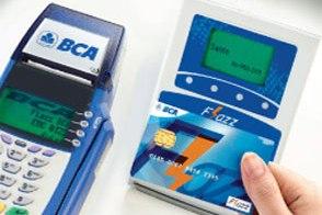naik kereta api kartu pembayaran elektronik untuk commuter line dan transjakarta