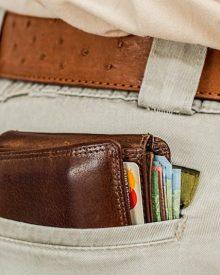 cara memilih membeli dan merawat dompet pria berkualitas