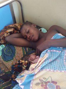 ¡Hola a todos! ¡He nacido en la Clínica Materno-Infantil de Mwanzugi!
