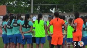Entreamiento Sele Femenina 28 set 2015