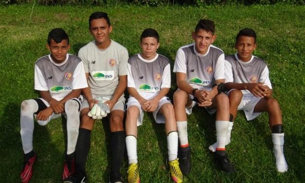 Fútbol devuelve esperanza tras huracán