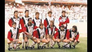 Posada de equipo CRC vs Escocia Italia 90