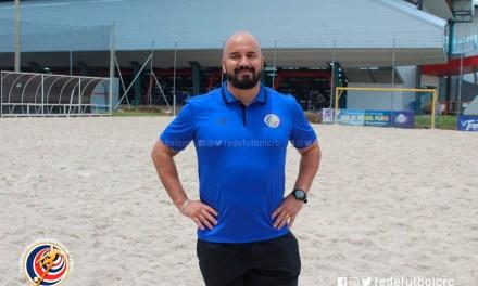 Brasileño asume dirección técnica de La Sele de playa