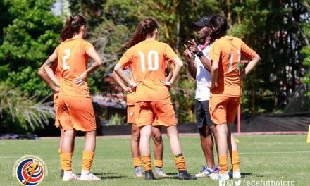Seminario impulsa crecimiento del fútbol femenino
