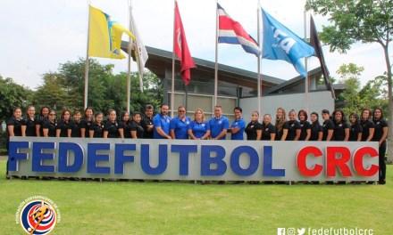 FEDEFUTBOL actualiza a árbitras en reglas de juego