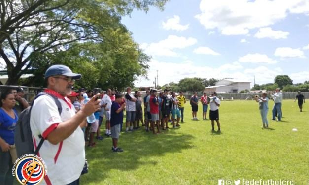 FEDEFUTBOL capacitó a entrenadores en Guanacaste