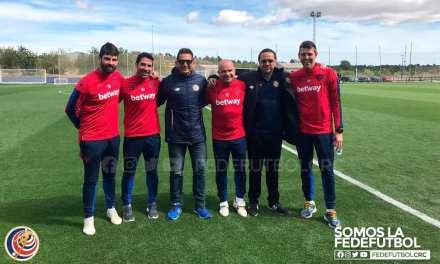 González cancela gira por Europa