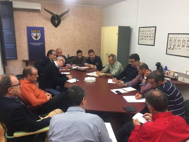 En la imagen un momento de la reunión en la delegación de la FCCV en Castellón