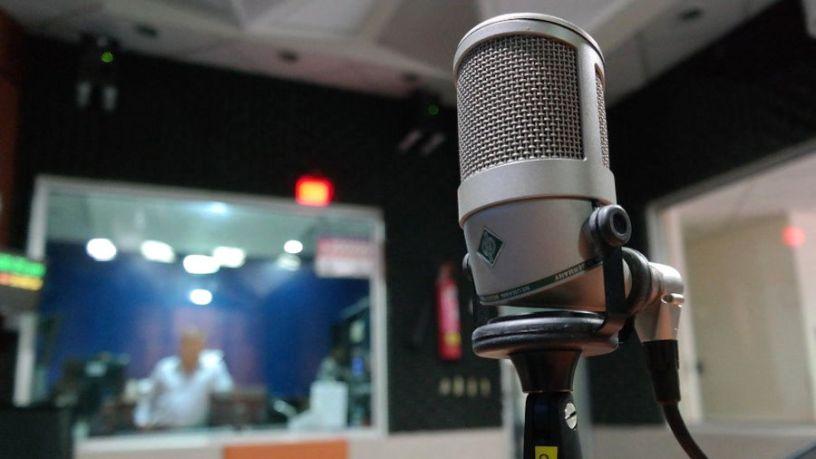 Mise-microfono-fondo-megalizzi