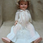ADORABLE 1930'S IDEAL SHIRLEY TEMPLE W/WIG COMPOSITION DOLL! 20″