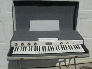Doric Organ - photo from combo-organ.com
