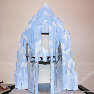 Ice_Castle_grundiert_vorne_kl