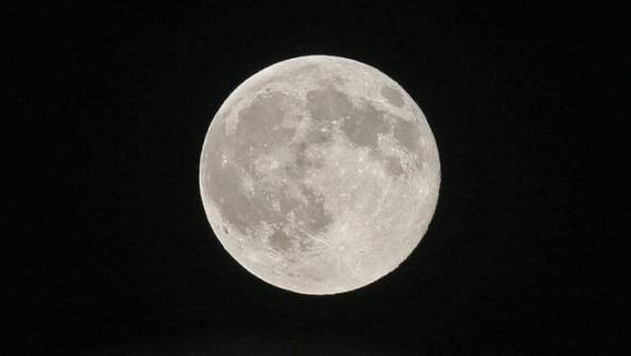Spleen Date. La Luna del Sud