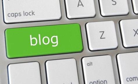 Blog en teclado de ordenador