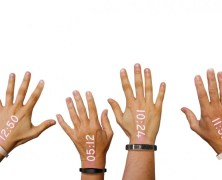 The first projection Watch – Ritot: l'ora proiettata sul dorso della mano