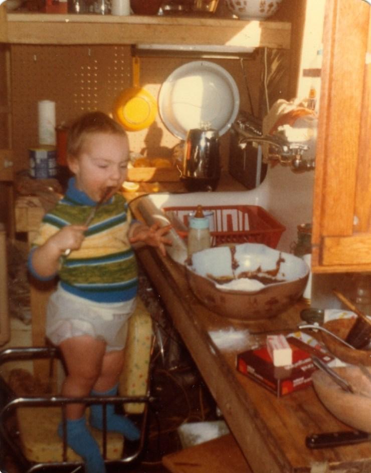 Clare cooks in Cabin